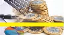 cartão de visita Contabilidade monetário: moedas caneta notebook e amarelo