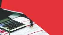 cartão de visita Contabilidade escritório: calculadora papel caneta e vermelho