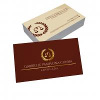 depoimento positivo de Gabrielle sobre cartão de visita online